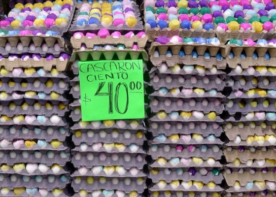 Cascarones (confetti-filled eggs) for sale by the dozens and dozens