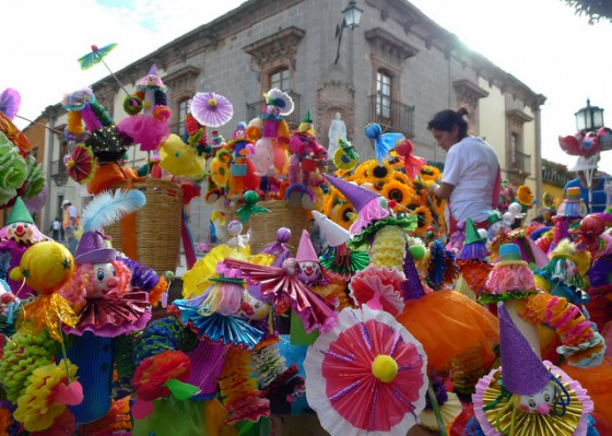 Carnival miscellanea for sale in San Miguel