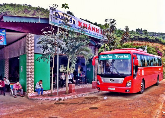 Pit stop along the harrowing road to Dalat