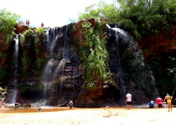 Waterfall at Las Cuevas, a beach getaway for landlocked Bolivians