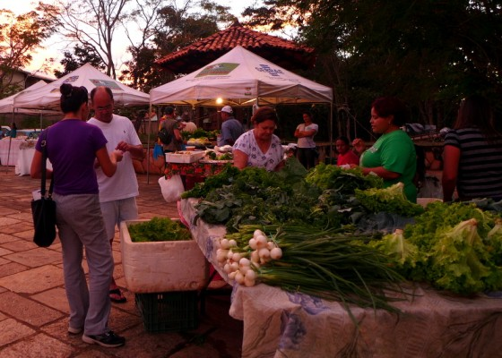 Sunset is shopping time at Pirenópolis' twice-weekly farmers' market